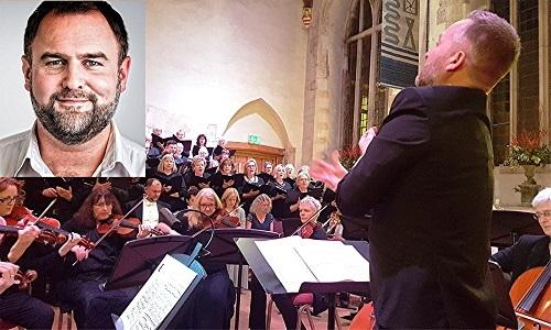 Dartington Community Choir with Darren Jeffrey (inset) - credit Philip R Buttall