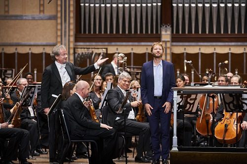 Franz Welser-Möst and Johannes Maria Staud (Photo: Roger Mastroianni, courtesy the Cleveland Orchestra)