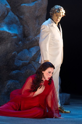 Ariadne (Annalena Persson) and Bacchus (Daniel Frank). Photo: Mats Bäcker