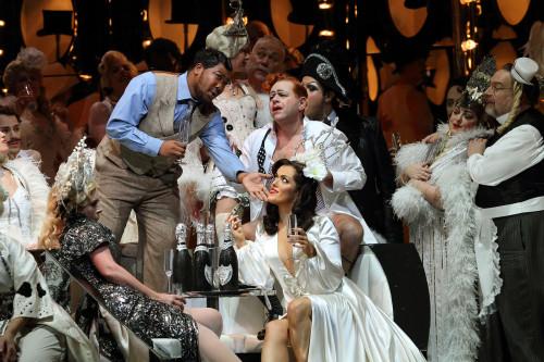 la traviata summary