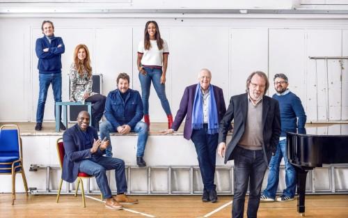 Chess cast & creatives. Credit Frederic Aranda_preview