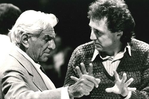 Leonard Bernstein and Bramwell Tovey in 1986 © Susie Maeder (London)