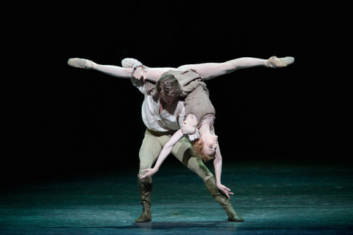 MacMillan's Manon Returns to The Royal Ballet and is Let