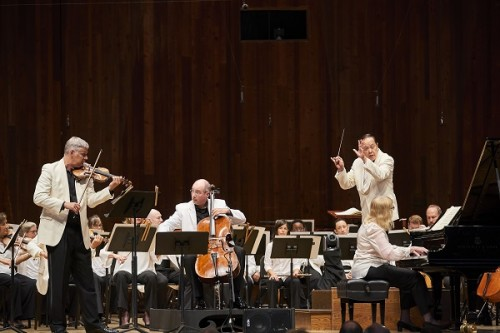 Blossom Music Center The Cleveland Orchestra Jahja Ling, conductor Joela Jones, piano Stephen Rose, violin Mark Kosower, cello BEETHOVEN - Triple ConcertoMUSSORGSKY - Pictures at an Exhibition Photo by Roger Mastroianni