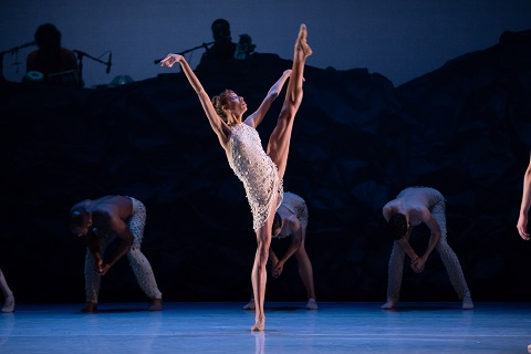 Adji Cissoko, Alonzo King LINES Ballet © Chris Hardy