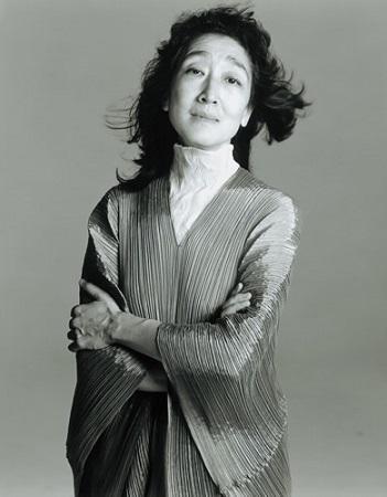 Mitsuko Uchida (c) Richard Avedon