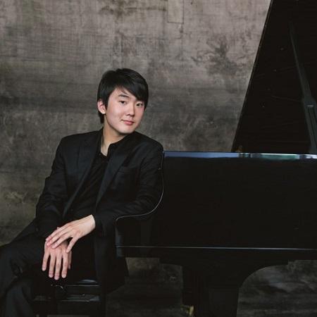 Seong-Jin Cho (c) Harald Hoffmann