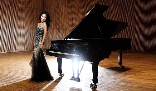 Joyce Yang (c) KT Kim