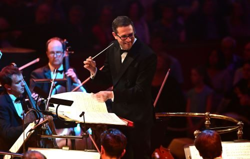 John Wilson and his Orchestra Return to the Proms to Tell The Warner